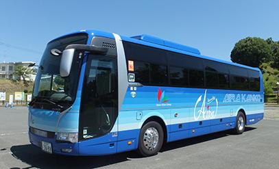 新型大型バス